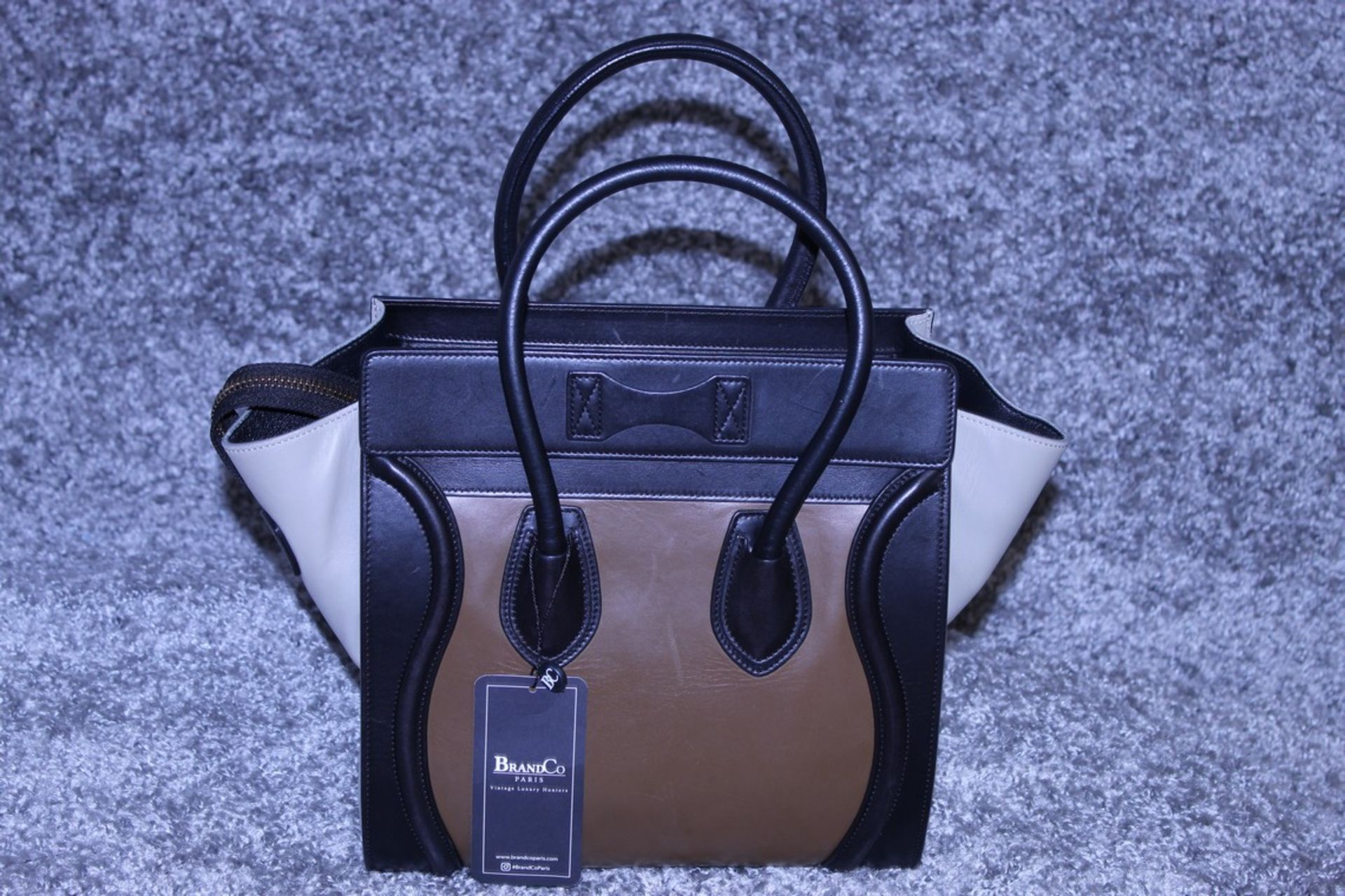 RRP £1,500 Celine Luggage Tricol Handbag, Céline 'Mini Luggage'. Open Swith A Zipper On Top And Is - Image 2 of 3