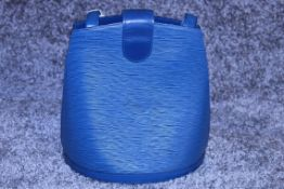 RRP £1,500 Louis Vuitton Cluny Blue Calf Leather Shoulder Bag With Blue Leather Handles,
