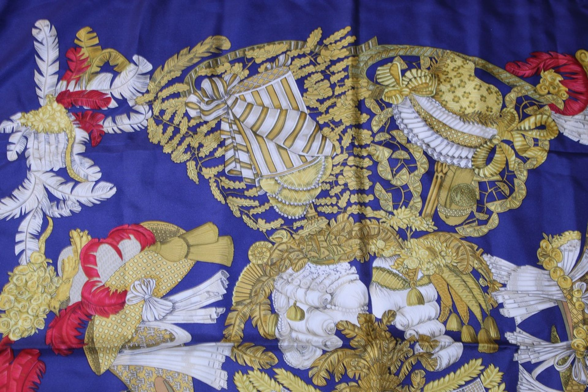RRP £680 Hermes 100% Twill Silk Chapeau By Annie Faivre, Dark Blue/Gold/Red 90X90Cm, Condition - Image 3 of 3