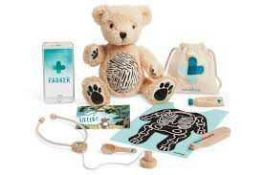 RRP £100 Lot To Contain 2 Boxed Parker + Augmented Reality Bears