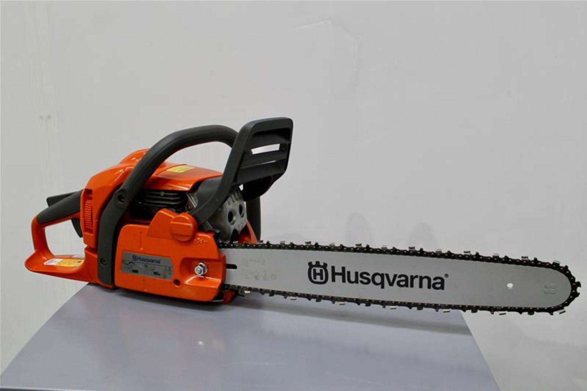 Lot 30 - Husqvarna Petrol Chainsaw 40.9cc 18in Bar
