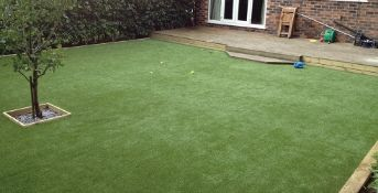 25m x 4m total Heavy-Duty G5 35mm on a 2mm Width Artificial Grass