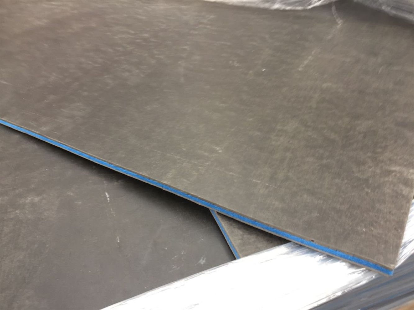 Healthcare Anti-Viral/bacterial Safety flooring   0% VAT (on Hammer)   SHIPPING AVAILABLE
