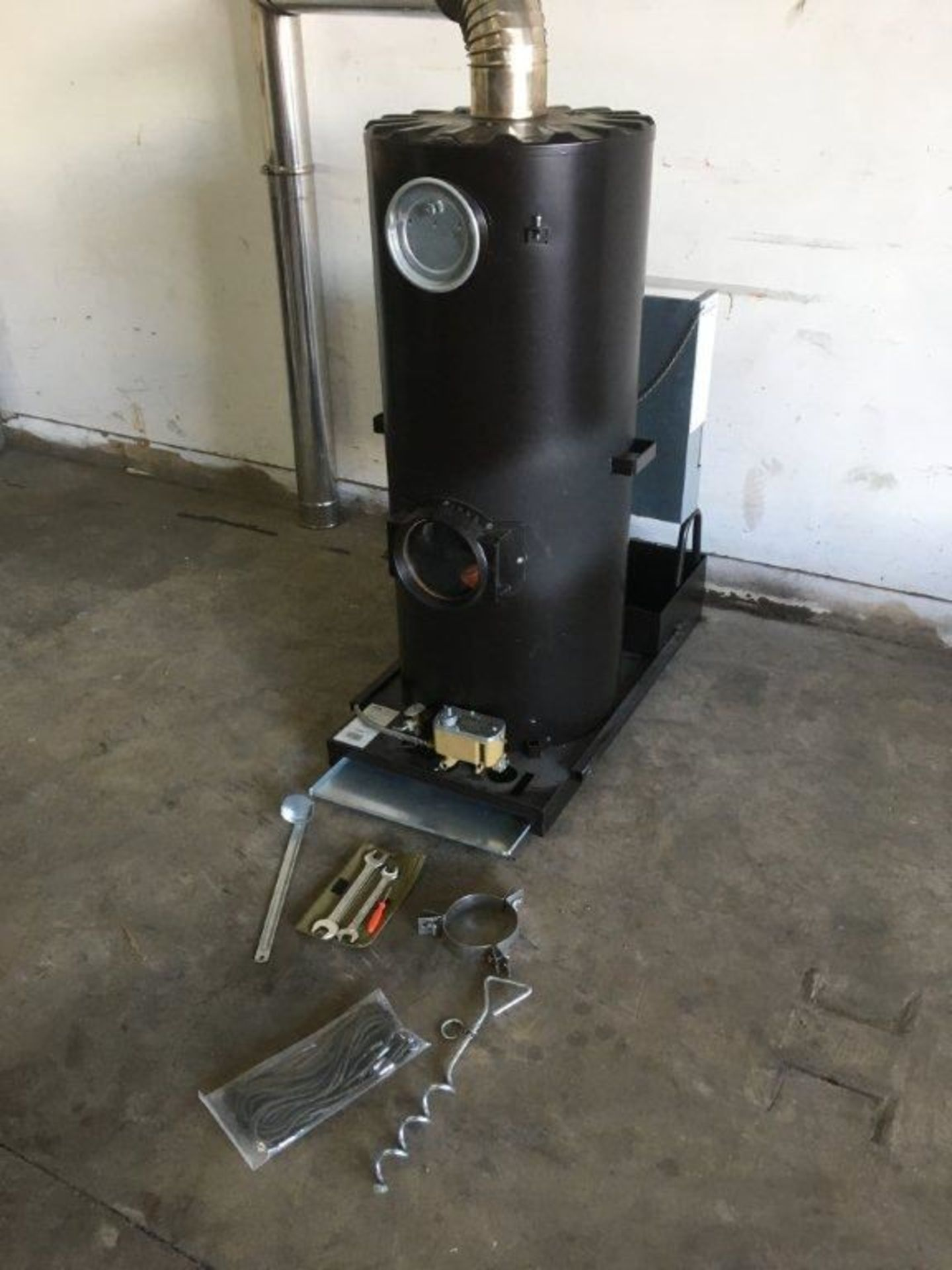 1 x Deville Multi Fuel Heaters with the Blue Flame Technology - Image 5 of 18