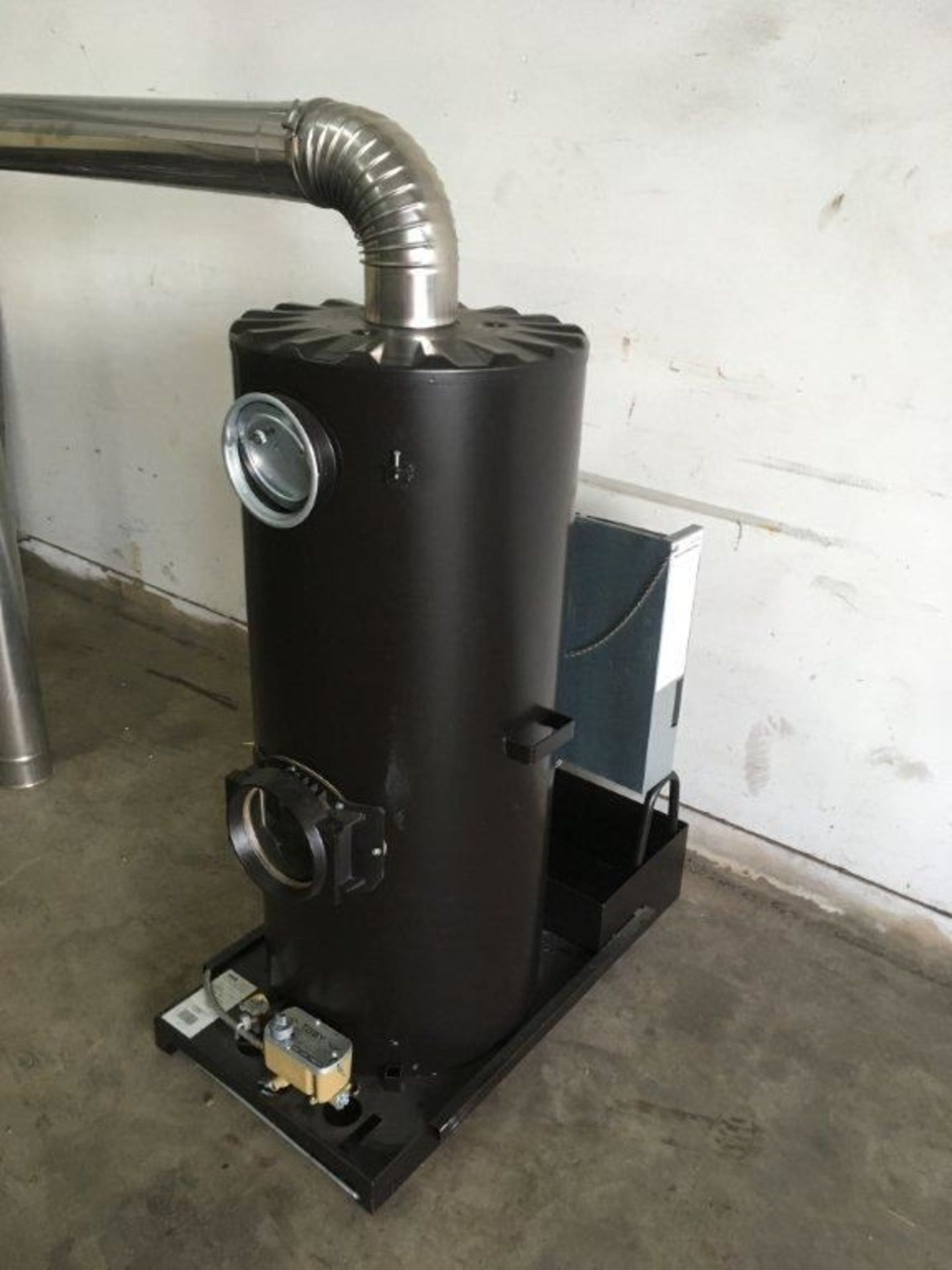 1 x Deville Multi Fuel Heaters with the Blue Flame Technology