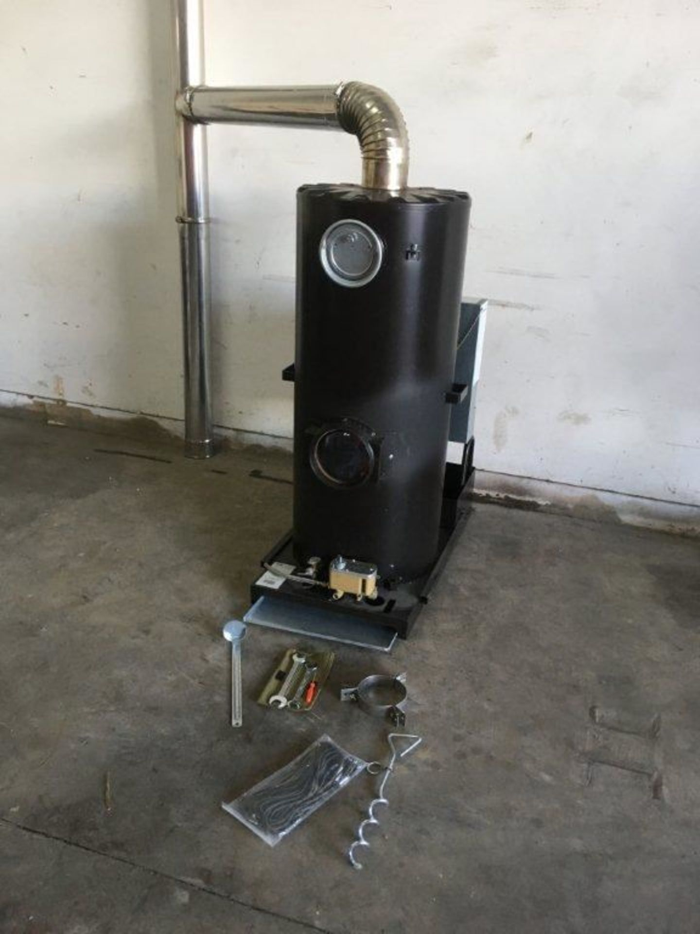 1 x Deville Multi Fuel Heaters with the Blue Flame Technology - Image 3 of 18