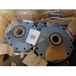 2 x Various reduction flanges.