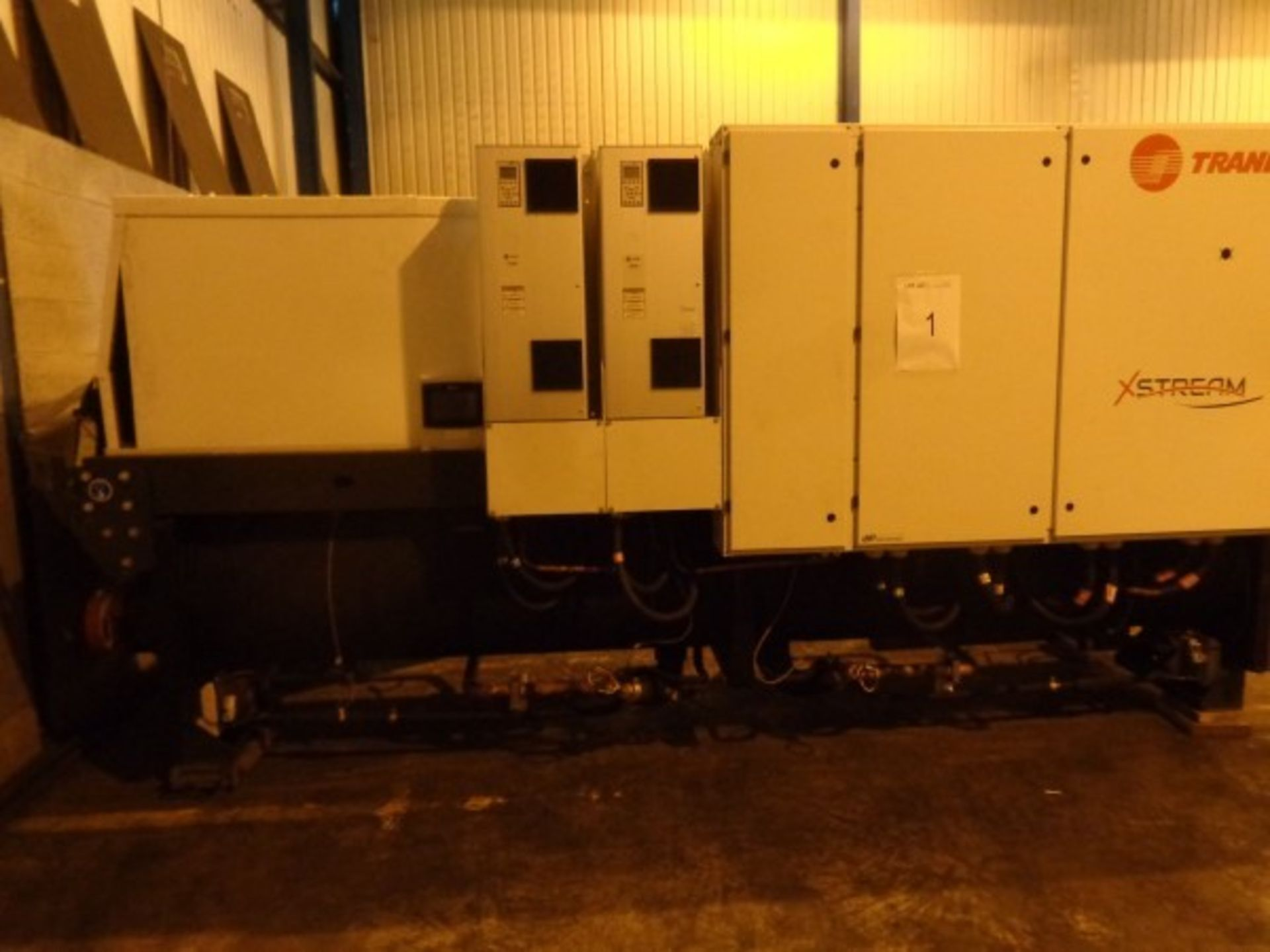 Trane Type RTWF 360HSE heat pump, serial no. ELB6032, 400V-50 HZ-3PH, 928 A Maz, 35KA-ICC-LRA,