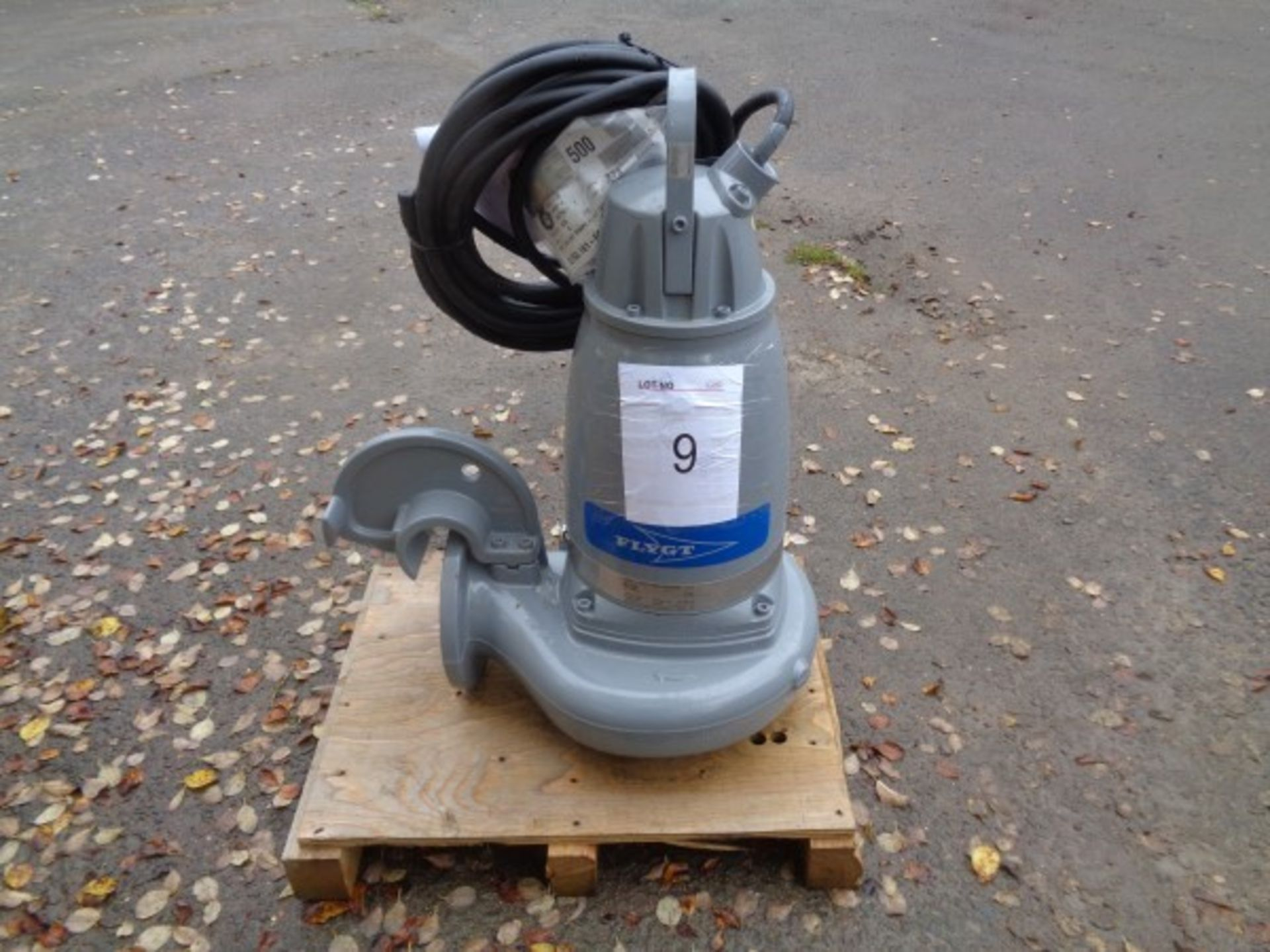 Flygt Xylem type 3153.181 submersible pump, serial no 1910128