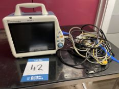 Mindray PM-8000 Express Patient monitor. S/No. AA83106650 (2008) - In small Animal Clinic Hospital