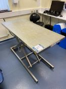 J Tools Scissor lift examination table, SWL 80 Kg, Type. J-T-II, (3) leather reception chairs,