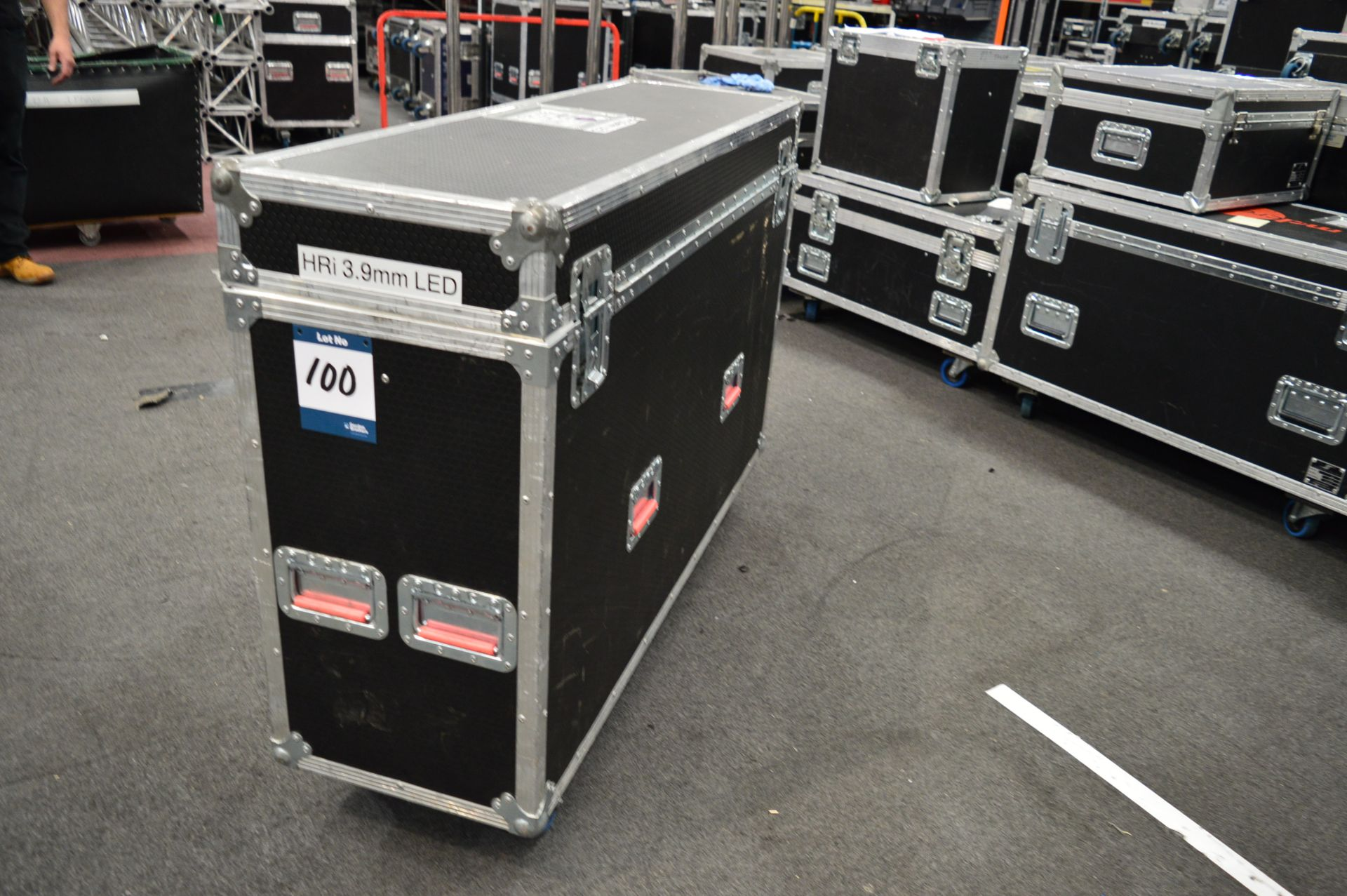 Lot 100 - Ground support frames and shelving for DigiLED pan
