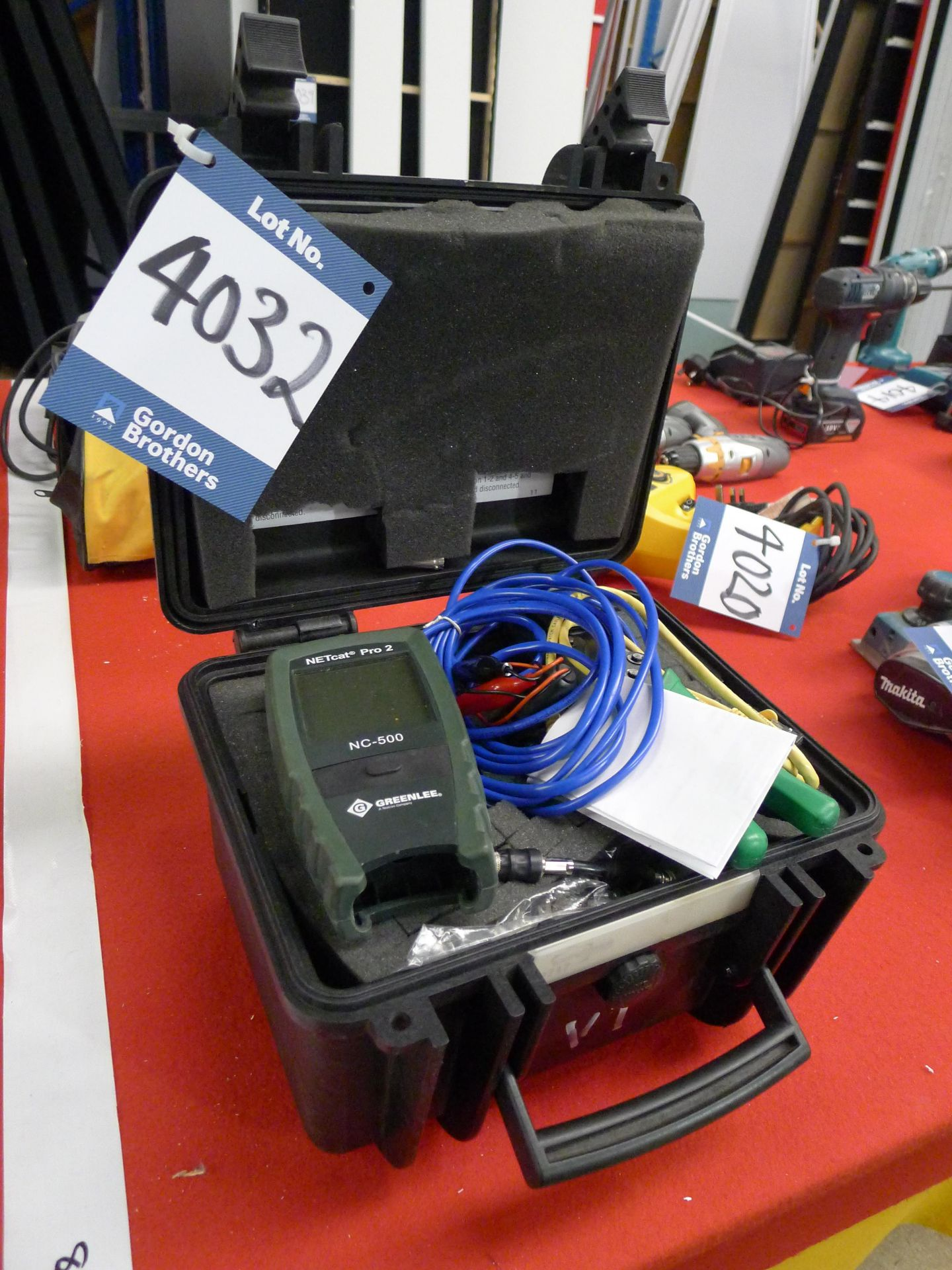 Lot 4032 - Greenlee NC-500 Netcat Pro Cable Tester: Unit 500,