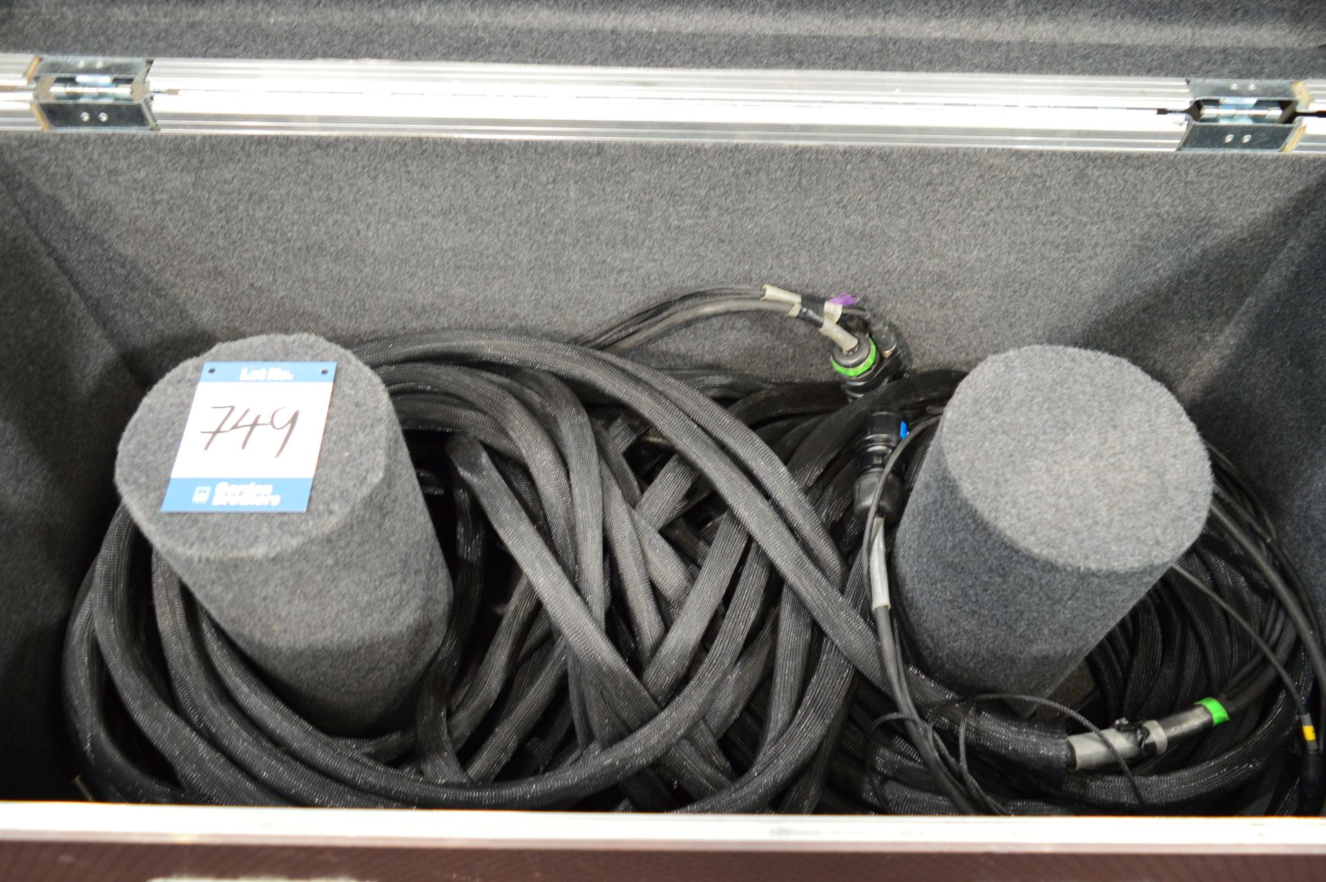 Lot 749 - CAT5, multi core cabling kit suitable for use with