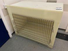 Large plastic pet cage with wire mesh front, 122cm (W) x 78cm (D) x 102cm (H)