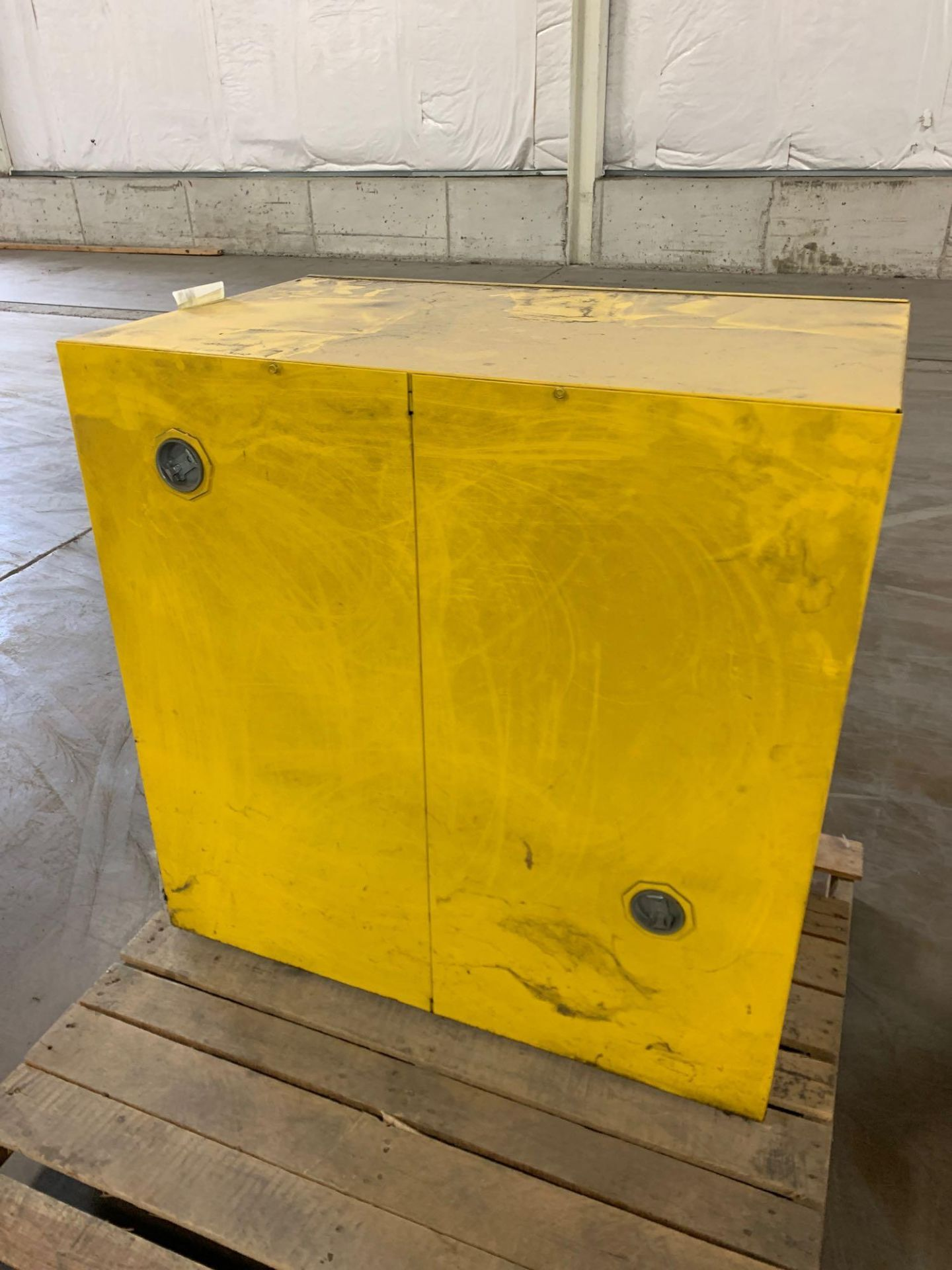 Metal Flammable Cabinet - Image 3 of 4