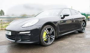 Porsche Panamera S e-hybrid tiptronic 5 door hatchback Reg: LF14 K5Z Date of registration: 13/03/