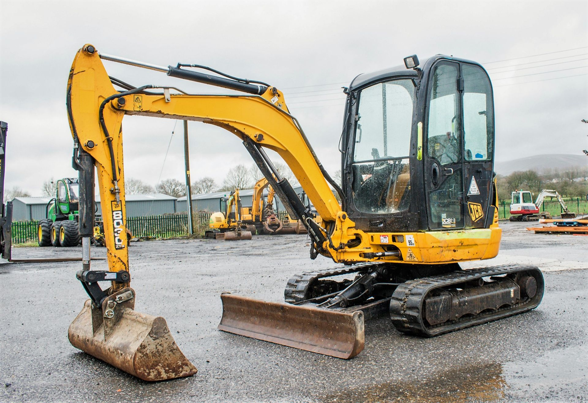 Lot 17 - JCB 8030 ZTS 3 tonne rubber tracked mini excavator Year: 2013 S/N: 2021917 Recorded Hours: 2582