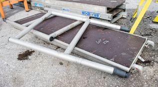 Aluminium staging board & 2 - end frames
