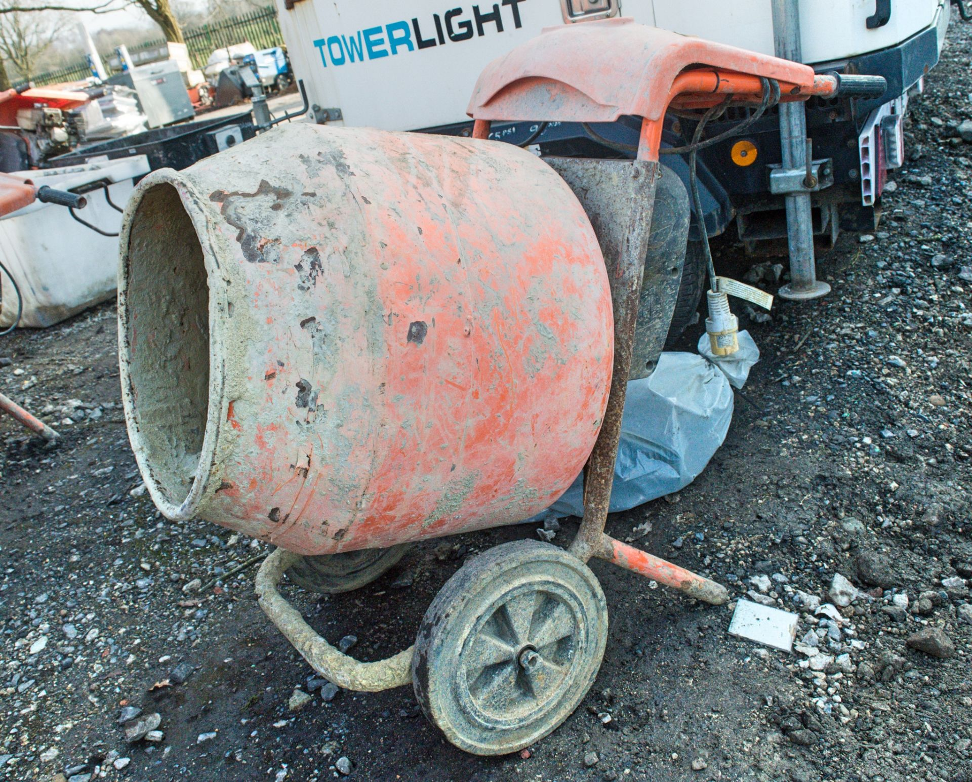 Lot 271 - Belle 150 Minimix 110v cement mixer