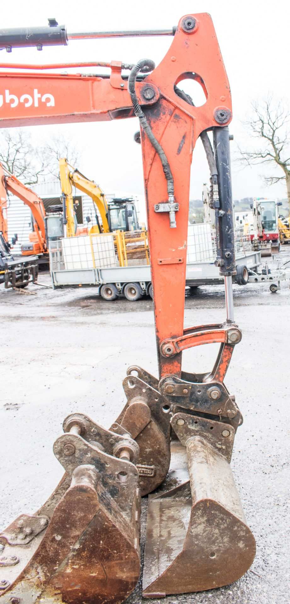 Lot 16A - Kubota U48.4 4.8 tonne rubber tracked excavator Year: 2015 S/N: 52743 Recorded hours: 2171 c/w 3