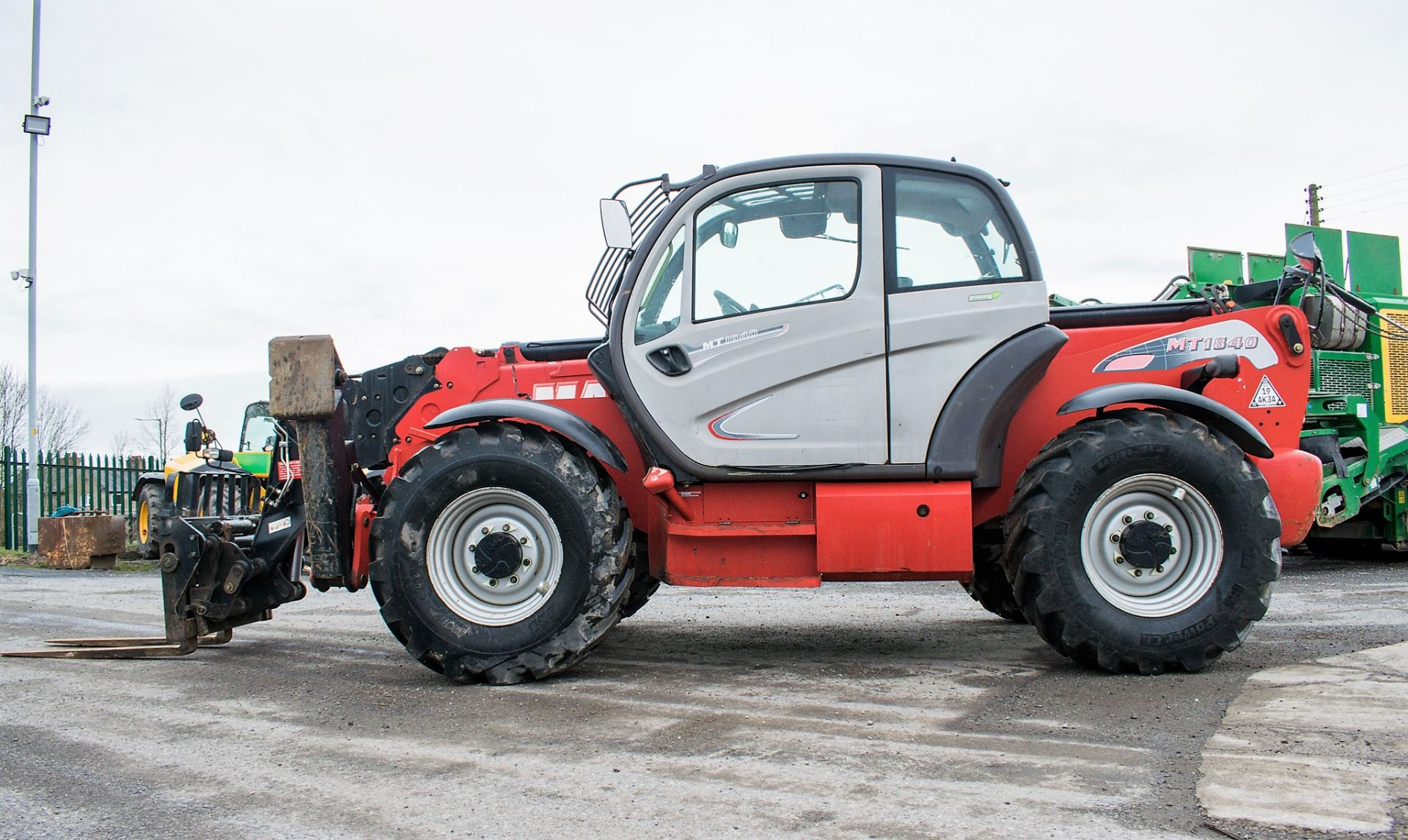 Lot 1 - Manitou MT1840 18 metre telescopic handler Year: 2014 S/N: 942628 Recorded Hours: 4160 c/w sway