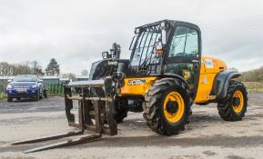 JCB 527-55 5.5 metre telescopic handler Year: S/N: 1419600 Recorded Hours: 3975 c/w rear camera
