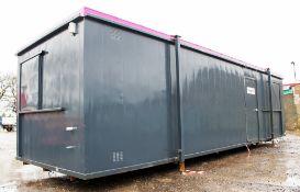 32 ft x 10 ft steel anti vandal jack leg office site unit 257030 ** No keys but unlocked **