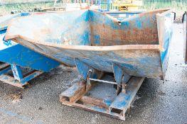 Conquip steel tipping skip A759984