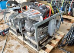 Lukas Jaws of Life hydraulic rescue set Comprising of: Petrol driven hydraulic power pack, extension