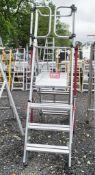 Pop-Up 4 tread aluminium podium/ladder