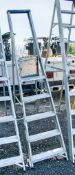 6 tread aluminium step ladder ** Damaged **