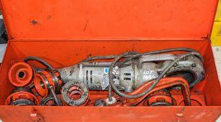 Ridgid 110v hand held pipe threading machine c/w 6 threading heads & carry case