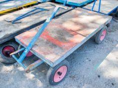 4 wheel trolley A579613