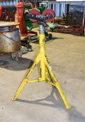 Sumner pipe roller stand