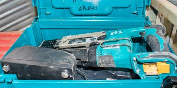 Makita 18v cordless screw gun c/w charger & carry case A728014 ** No battery **