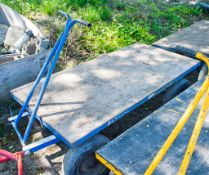 4 wheel trolley A656694