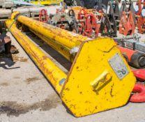 2 tonne tripod A697280