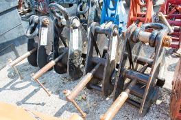 4 - girder clamps INT1377/INT1382/1167/INT3073