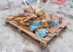 Pallet of various foot plates