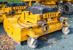 Eastern RS220 hydraulic fork lift/telehandler sweeper attachment