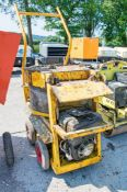 Diesel driven paddle mixer A586581