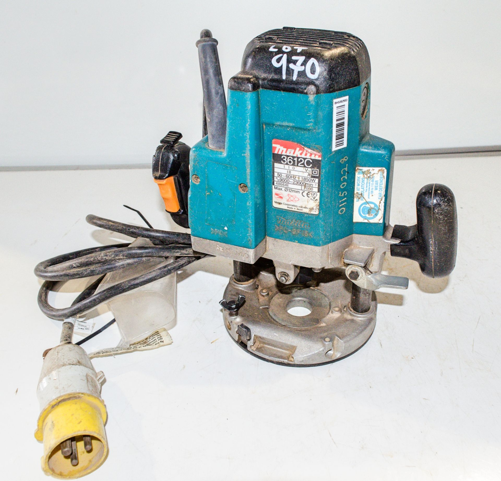 Lot 970 - Makita 3612C 110v router