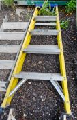 5 tread glass fibre framed step ladder