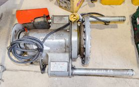 Ridgid 110 volt pipe threading machine  c/w foot pedal