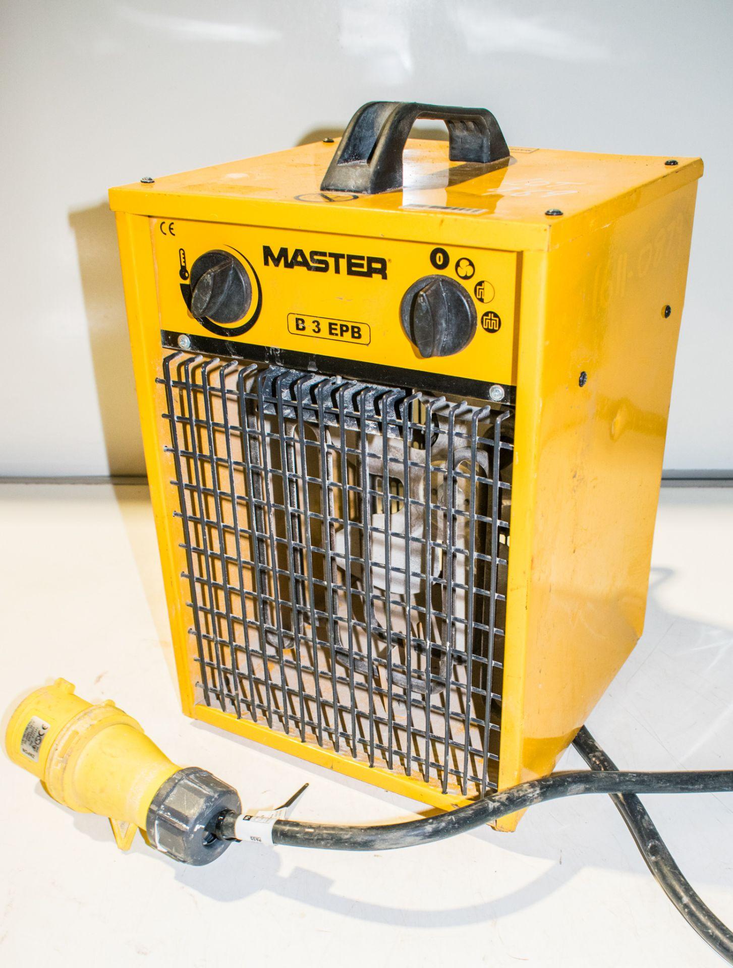 Lot 969 - Master 110v fan heater