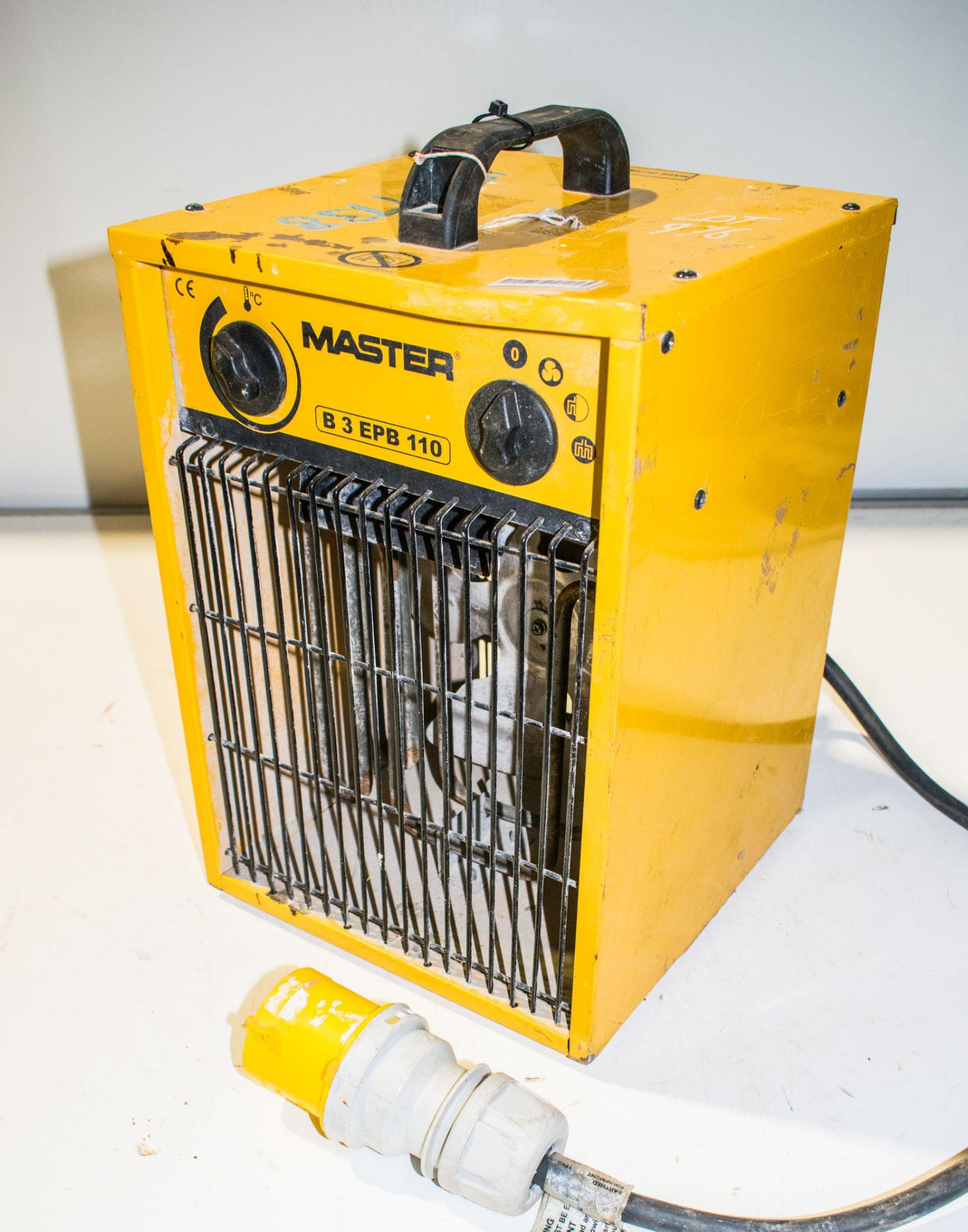 Lot 976 - Master 110v fan heater