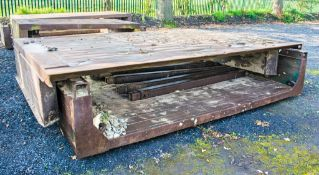 Man hole box top and bottom Width: 3.5 metre Length: 2.5 metre c/w 4 connectors