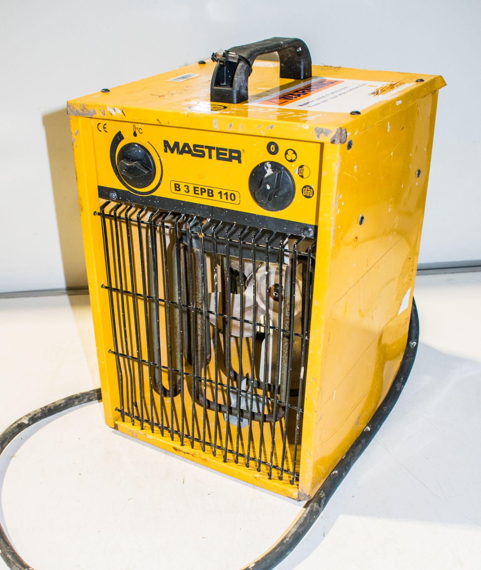 Lot 974 - Master 110v fan heater