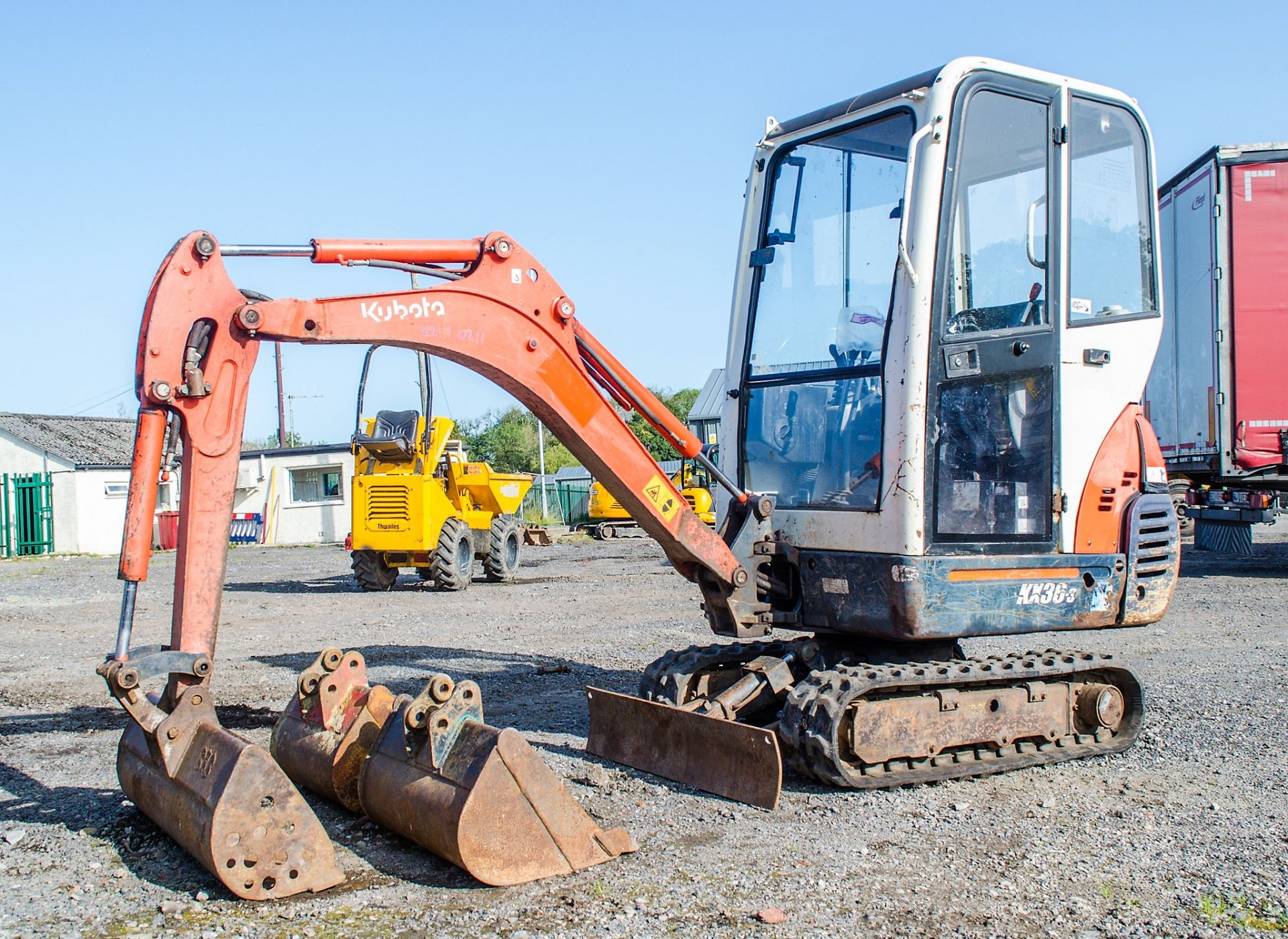 Lot 20 - Kubota KX36-3 1.5 tonne rubber tracked mini excavator Year: 2007 S/N: Z077298 Recorded Hours: 4205